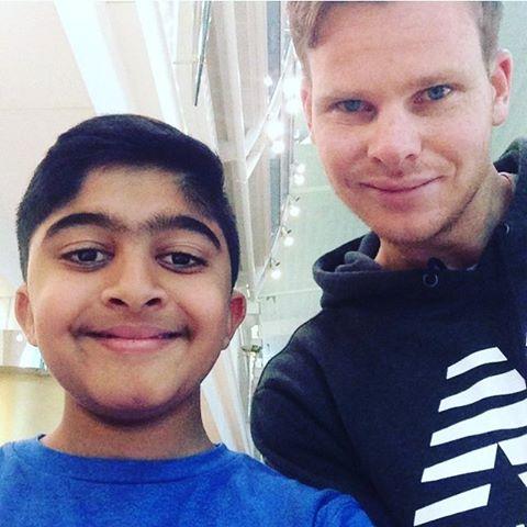 Aussie Batsman Steve Smith meets @cassim_omar at Dubai Airport