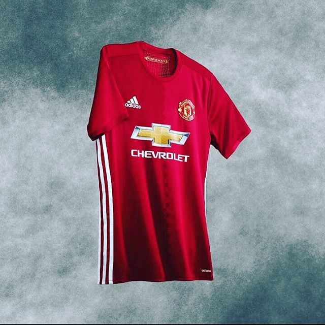 Manc Home Jersey. Your thoughts ?