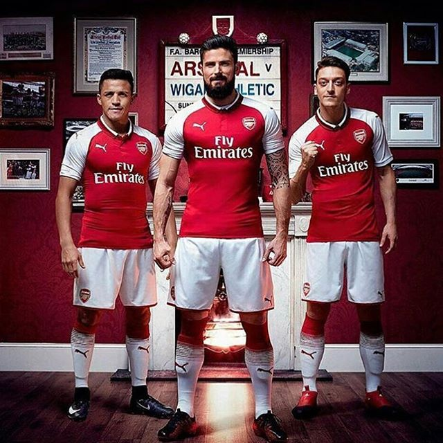 Arsenal Home Jersey 2017/18. Your Thoughts?
