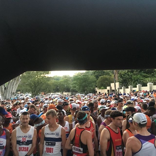 Start of the Pirates 21km Marathon makes our insta pic of the day by @eyahmed See our website for the full all the images and action Www.swoosh0018.com