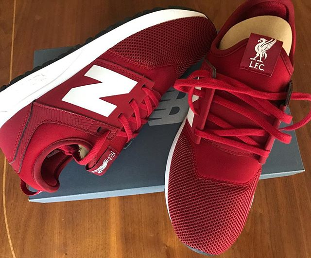 New Balance Liverpool LTD Edition makes the Smeaker of the Day