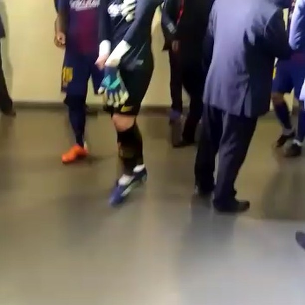 Sundowns vs Barcelona. The players get ready
