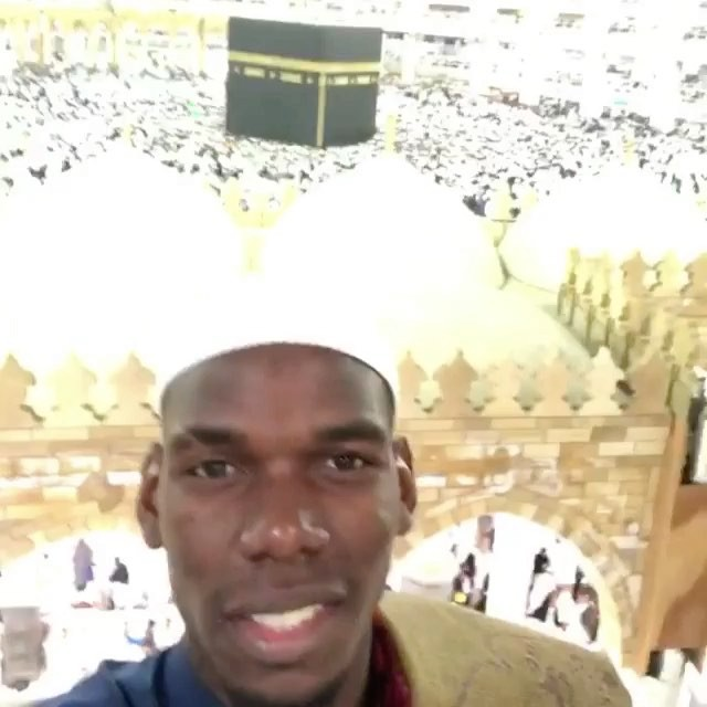 The Pog performing the Umrah #ramadaan. Hope Pog makes dua that he leaves the MANCS