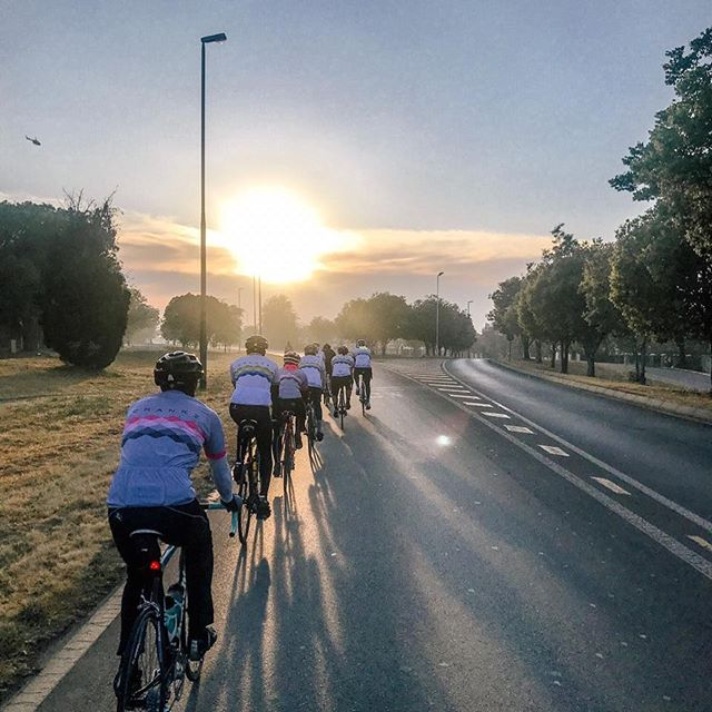 Early morning ride into the sunrise by @team.crankz makes our pic of the day,Gauteng South Africa #bicycle #bike #cycling #bikelife #mtb #cyclist #cyclinglife #roadbike #cycle #velo #bikes #bikeporn #bici #mountainbike #cyclingphotos #sport #instabike #ride #instacycling #cyclingshots #bicicleta #biker #mtblife #photography #bikestagram #training #roadcycling #bikeride #ciclismo #bhfyp