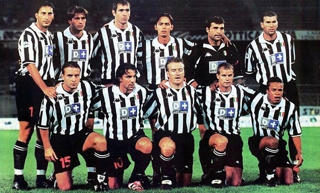 Once Upon a time at Juventus.Forza JuveStanding Left to Right( Juliano,Tachinadi,Tudor,Inzaghi,Peruzzi,ZidaneSitting..Birendeli,Del Piero,Deschamps,Pesotto,Davids #juve #juventus #forzajuve #juvefans #bianconeri #kappa
