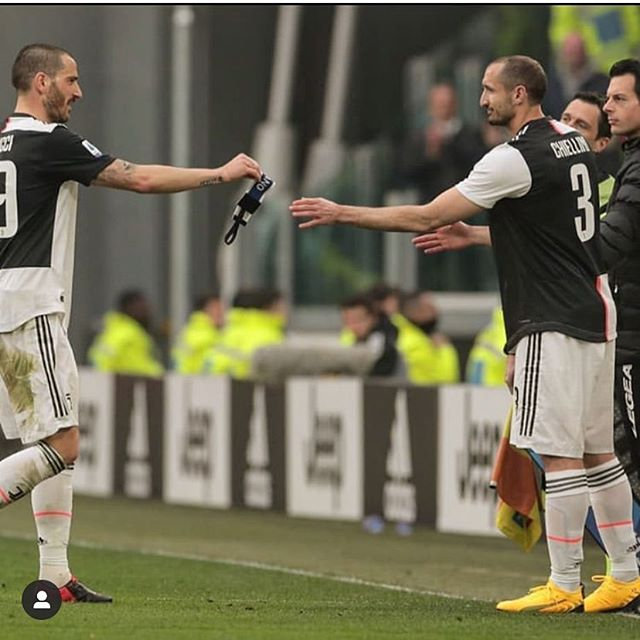 Return of our Capitano @giorgiochiellini . Dybala free kick and Cuadrado second against a 10 man Brescia. Tonight we will watch the Inter vs Lazio game which will be a cracker. Forza Juve. We are entering the Business end now#juventus #juventusvsbrescia #dybala #chiellini #chiellinireturns #forzajuve #seriea #juvefans #bianconeri #blackandwhite