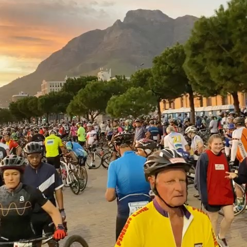 Start of the 2020 Cape Cycle Challenge#cycle #cycling #capecyclechallenge #capetown #mothercity #capetownvibes #cyclinglife